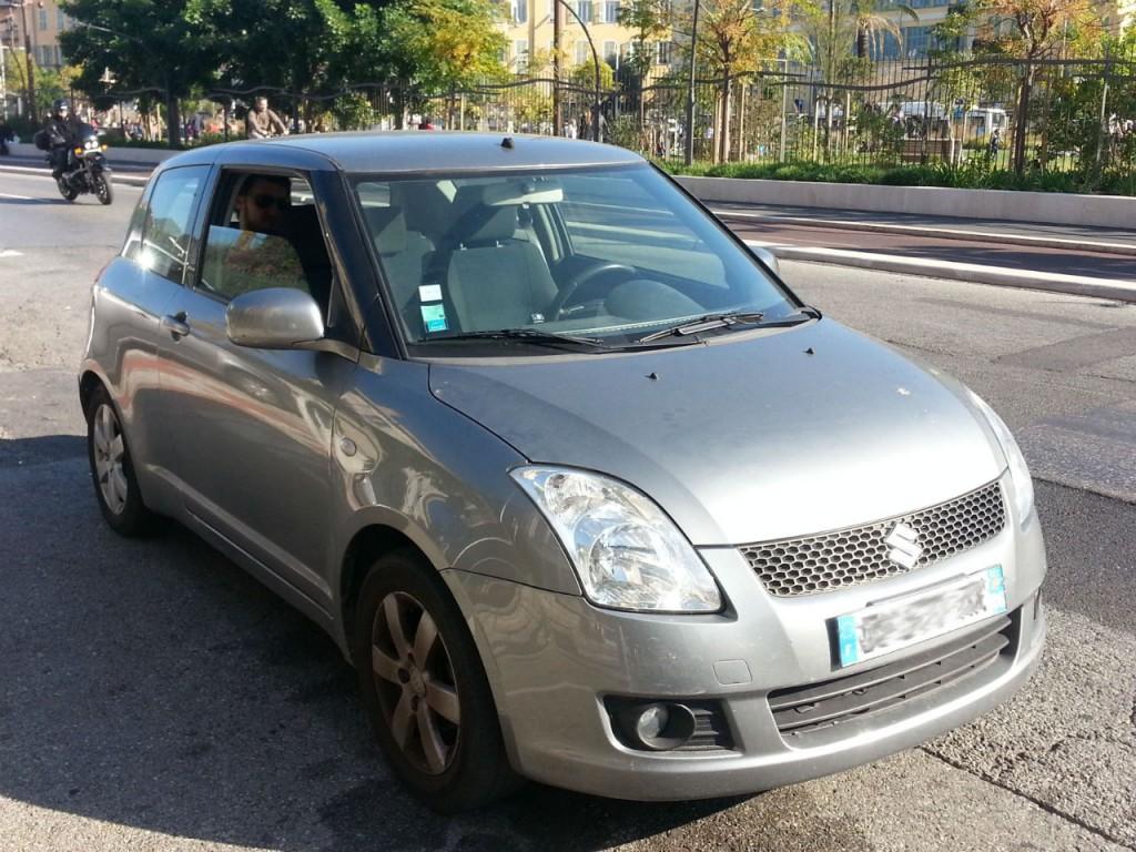 La Suzuki Swift, avec l'option couleur métallisée